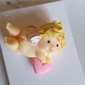 CUPID BABY & HEART pin
